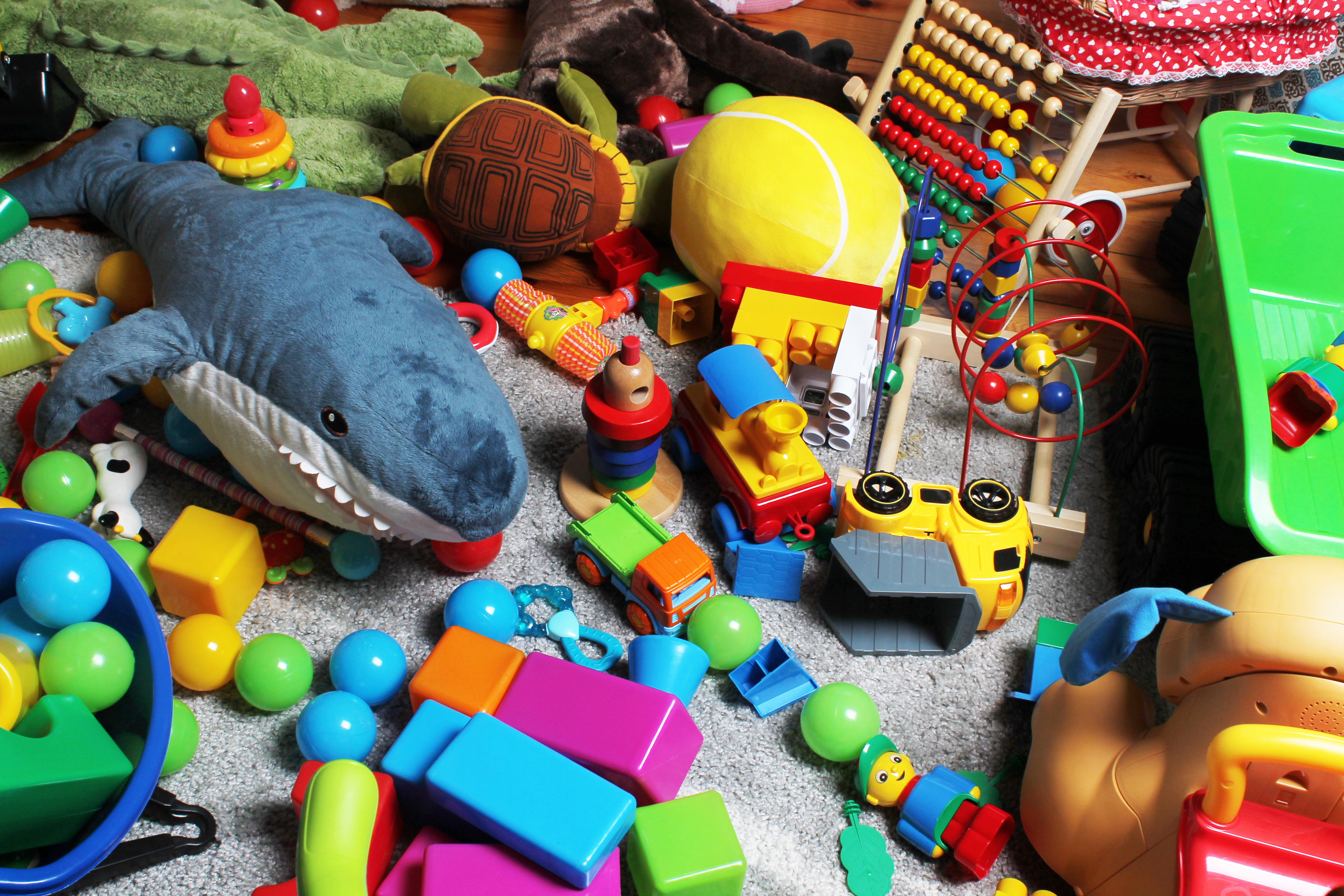 Toy-Related Eye Injuries: Toys to Avoid to Keep Your Child ...